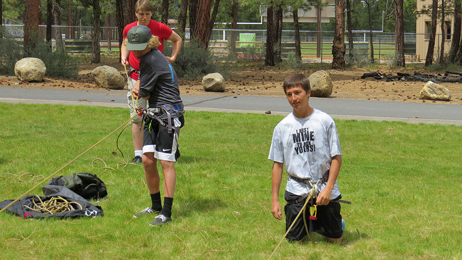 2015-05-13-ecos-students-practice-belaying-11