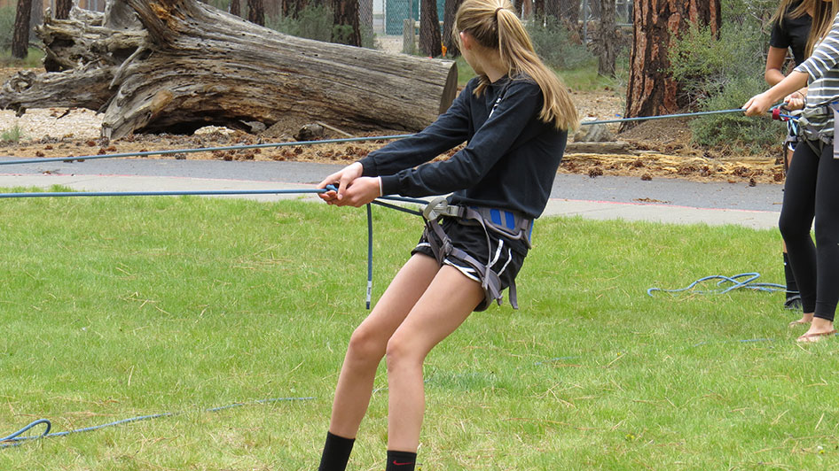 2015-05-13-ecos-students-practice-belaying-22