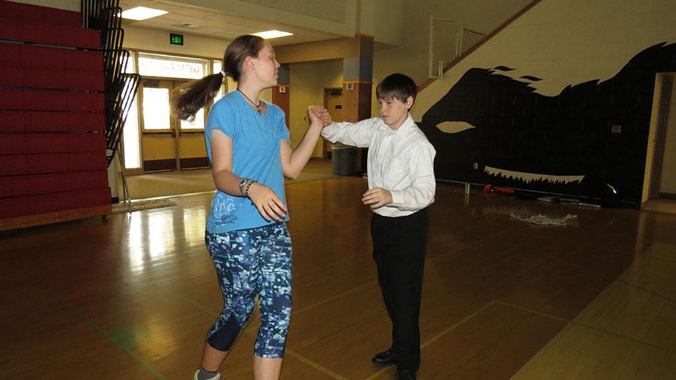 2016-04-21-swing-dancing-1st-period-29