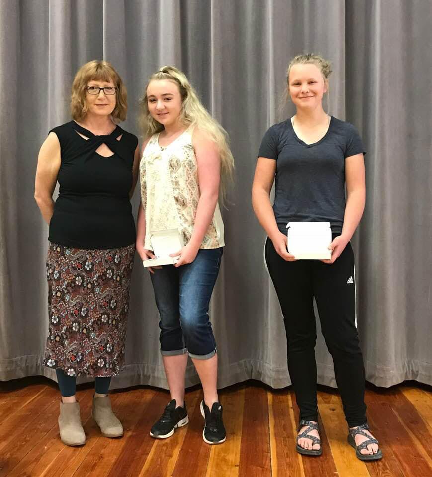 2018-06-05-8th-Grade-Awards-06